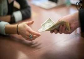 Нужно ли платить коллекторам долг по кредиту?