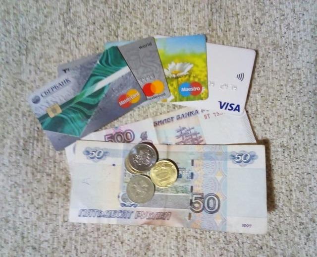 Что делать если приставы снимают деньги со всех карт?